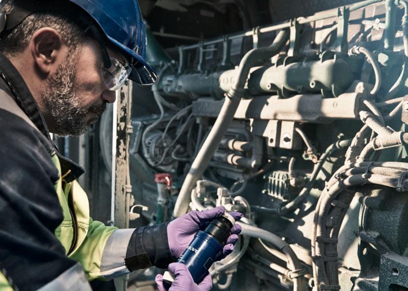 Keep Diesel engine clean